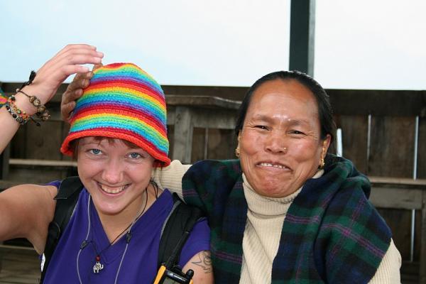 Даша с подружкой Майей